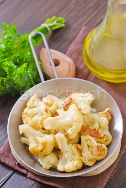 Sült karfiol étel tojás zöld sajt Stock fotó © tycoon