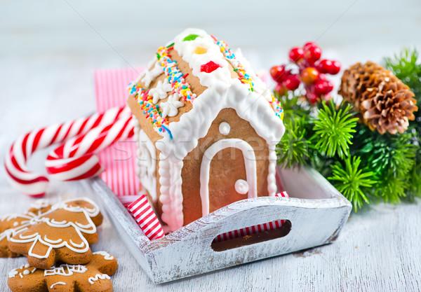 Gyömbér sütik karácsony asztal ház fa Stock fotó © tycoon