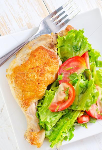 Brathähnchen Bein grünen Huhn Abendessen Salat Stock foto © tycoon
