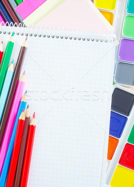 Schoolbenodigdheden pen potlood tabel groene Blauw Stockfoto © tycoon