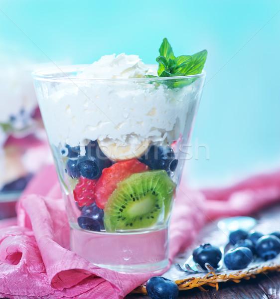 Salade de fruits mélange de fruits crème fouettée verre nature groupe Photo stock © tycoon
