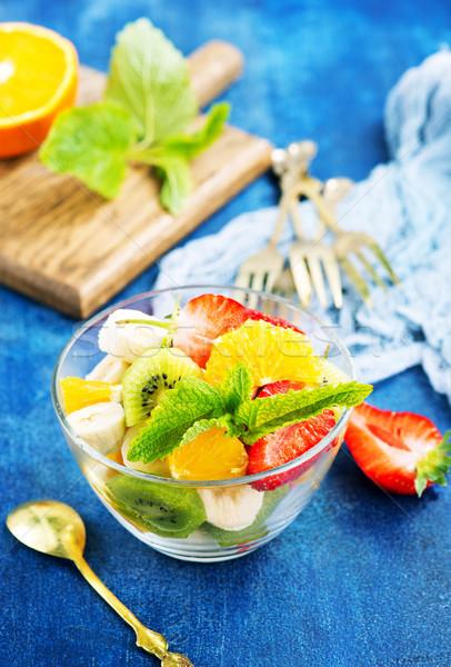 Salade de fruits verre bol table alimentaire été Photo stock © tycoon
