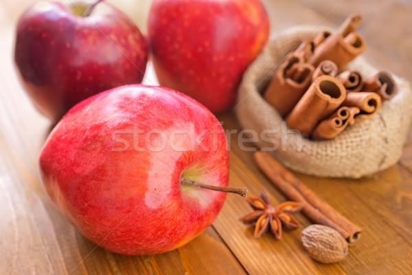 яблоко корицей древесины таблице зима красный Сток-фото © tycoon