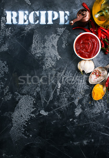Salsa de tomate blanco tazón mesa alimentos ajo Foto stock © tycoon