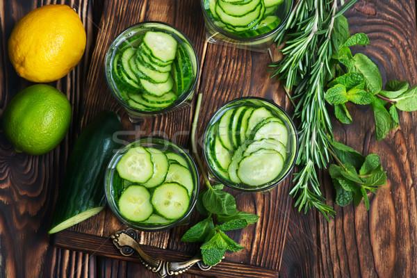Ogórek pić szkła tabeli kuchnia Kafejka Zdjęcia stock © tycoon