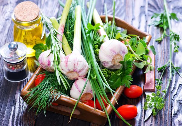 Sarımsak lezzet ot tepsi tablo arka plan Stok fotoğraf © tycoon