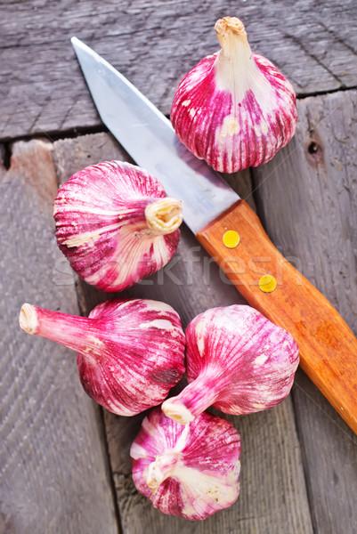 Czosnku żywności tabeli ciemne biały koszyka Zdjęcia stock © tycoon