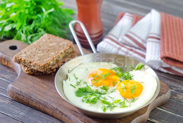 жареный яйца яйцо кухне таблице хлеб Сток-фото © tycoon