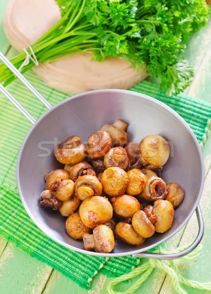 Funghi alimentare legno natura tavola cena Foto d'archivio © tycoon