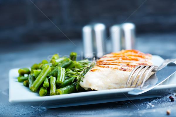 Poitrine de poulet bean frit haricots verts plaque viande Photo stock © tycoon
