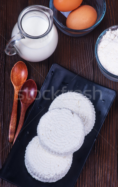 Lait produits fraîches oeufs table oeuf Photo stock © tycoon