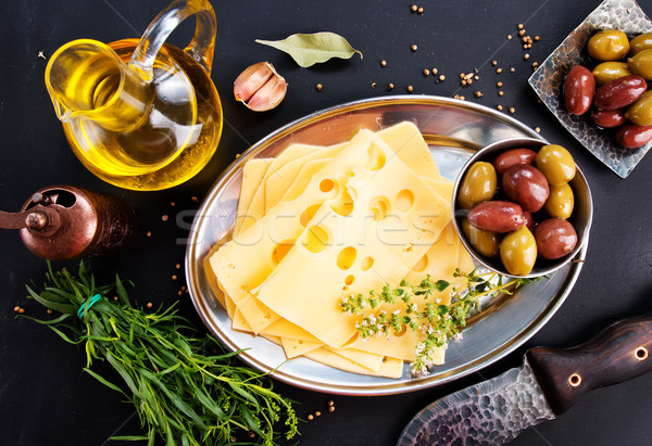Fromages olives épices stock photo bois Photo stock © tycoon