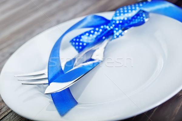 Tafelgerei vork mes witte plaat tabel Stockfoto © tycoon
