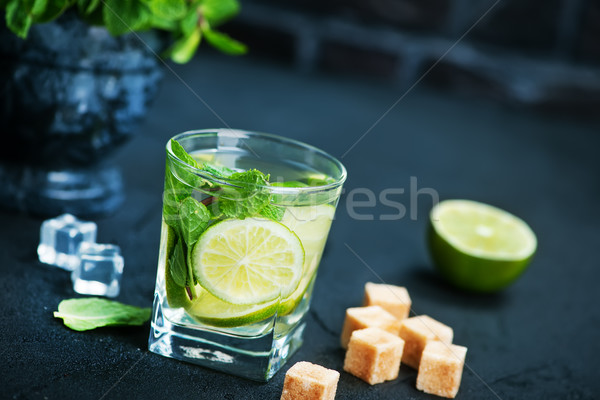 Mojito fruits frais menthe feuille vert cocktail Photo stock © tycoon