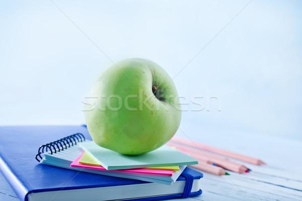 útiles escolares madera frutas lápiz marco espacio Foto stock © tycoon