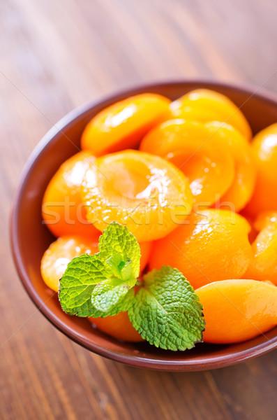 Alimentos luz frutas fondo hojas frescos Foto stock © tycoon