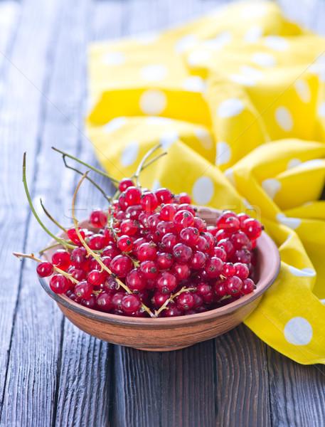 Piros ribiszke tál asztal étel természet Stock fotó © tycoon