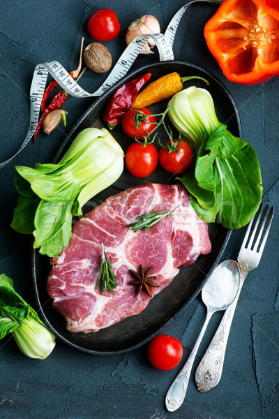 сырой мяса Spice свежие овощи кровь фон Сток-фото © tycoon