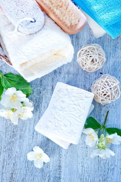Aroma zeep witte bloemen tabel schoonheid Stockfoto © tycoon
