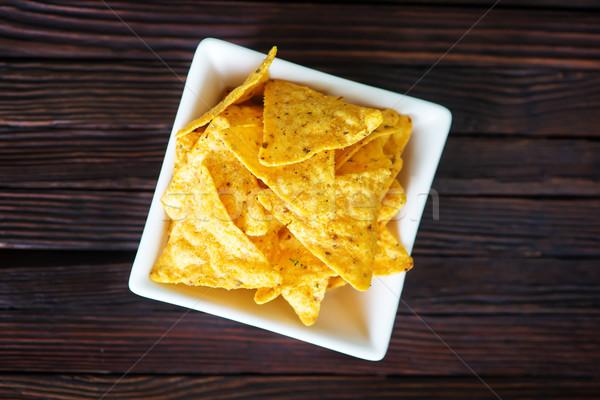 Nachos blanco tazón mesa fondo rojo Foto stock © tycoon