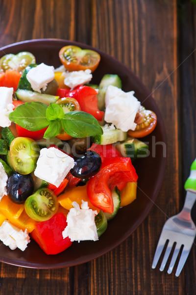 Grecki Sałatka tablicy tabeli liści oleju Zdjęcia stock © tycoon