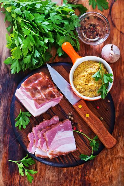 Fumado salsa tabela vermelho carne legumes Foto stock © tycoon