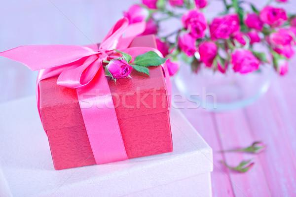 Präsentiert Boxen Blume Hochzeit Liebe glücklich Stock foto © tycoon
