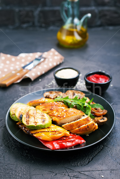 chicken meat with grilled vegetables Stock photo © tycoon