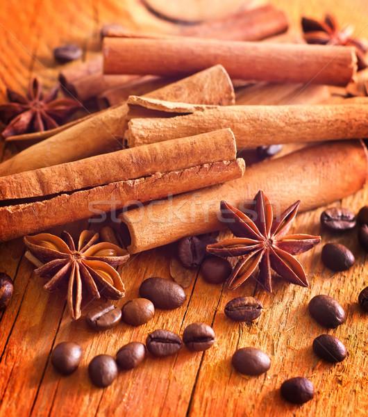 Canela grãos de café café natureza preto Foto stock © tycoon