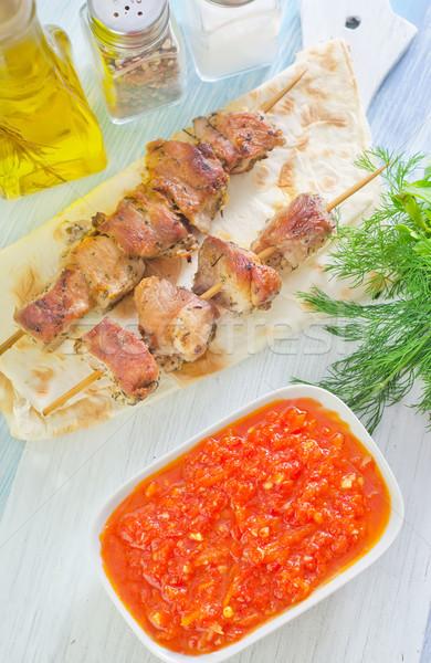 Mártás kebab étel háttér zöld tányér Stock fotó © tycoon