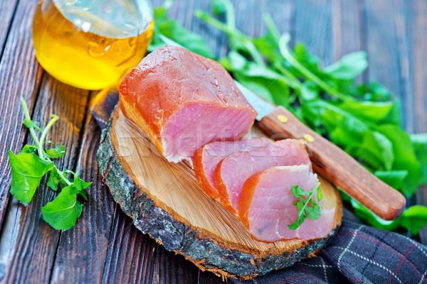 Fumado carne conselho tabela comida madeira Foto stock © tycoon