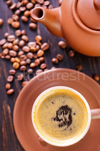Zdjęcia stock: Kawy · tabeli · pić · ciemne · kubek · hot