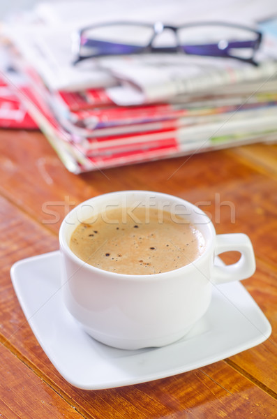 Kahve çalışmak gazete gözlük çalışma iş Stok fotoğraf © tycoon
