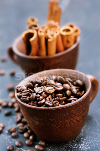 Kahve çekirdekleri fincan tablo doku soyut arka plan Stok fotoğraf © tycoon