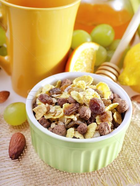 Müsli meyve yeşil mısır enerji kahvaltı Stok fotoğraf © tycoon