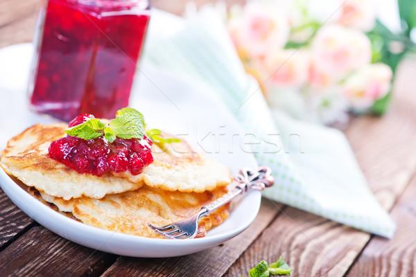 Palacsinták tányér édes lekvár virág étel Stock fotó © tycoon