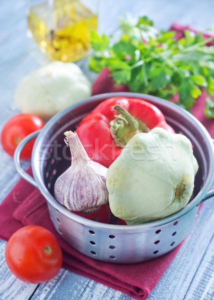 Sebze sağlık yeşil bıçak domates Stok fotoğraf © tycoon