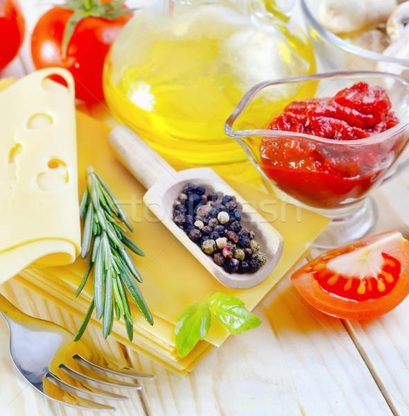 Stok fotoğraf: Malzemeler · lazanya · mutfak · peynir · şişe · makarna
