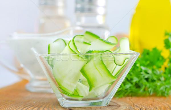 Salata salatalık gıda yeşil yaprakları bıçak Stok fotoğraf © tycoon