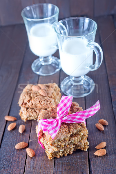 Cookie świeże mleko tabeli szkoły pić retro Zdjęcia stock © tycoon