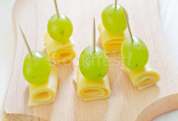cheese with grape Stock photo © tycoon