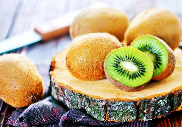 Frescos kiwi mesa alimentos frutas Foto stock © tycoon