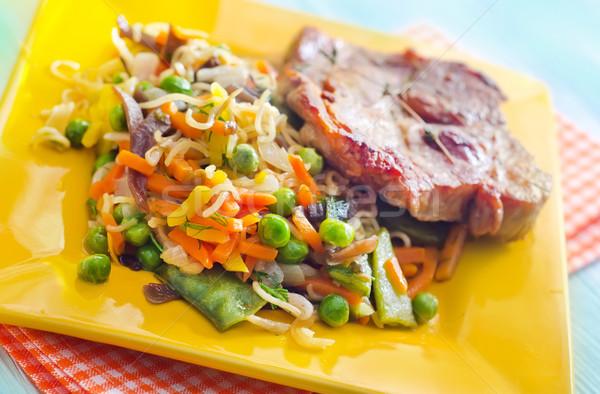 Foto stock: Hortalizas · carne · cena · rojo · maíz · ensalada