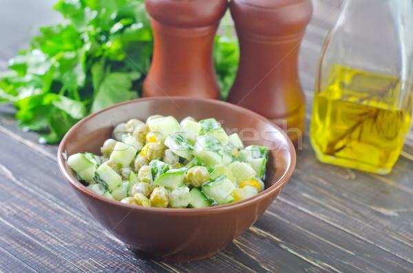 świeże Sałatka liści zielone obiedzie jaj Zdjęcia stock © tycoon
