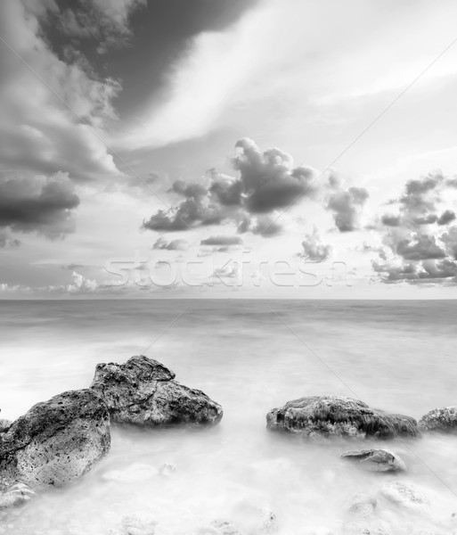 Zeegezicht strand hemel zonsondergang natuur landschap Stockfoto © tycoon