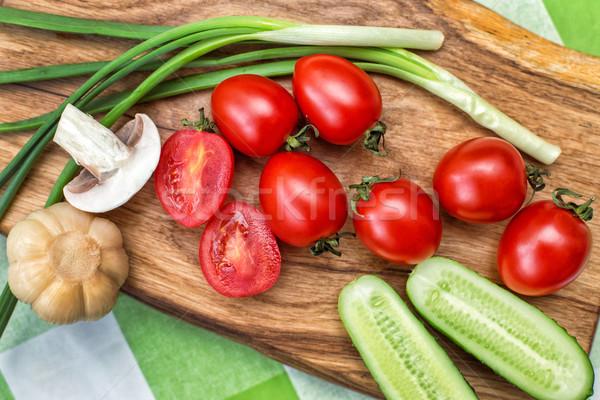 Kleurrijk ruw groenten salade Stockfoto © ultrapro