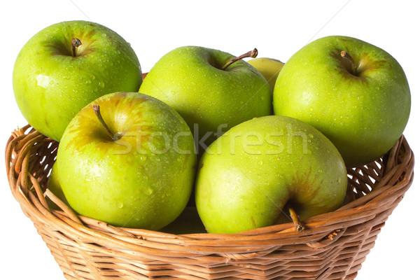Zöld almák fonott kosár cseppek izolált Stock fotó © ultrapro