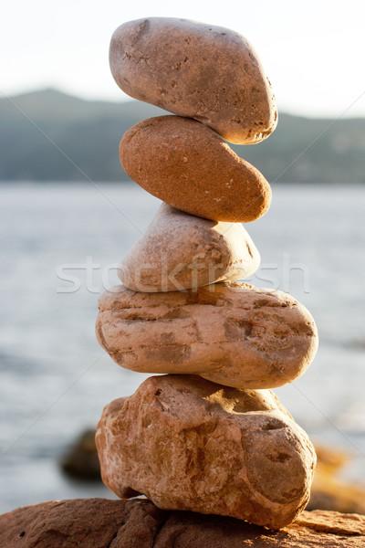 Equilíbrio praia pedras mar construção natureza Foto stock © ultrapro