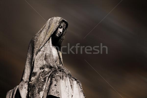 темно надгробная плита небе матери мрамор веры Сток-фото © umbertoleporini