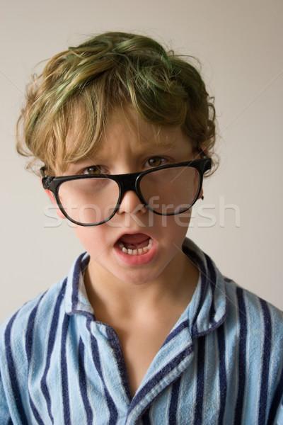 Kid jeunes Homme garçon suspendu autour Photo stock © Undy